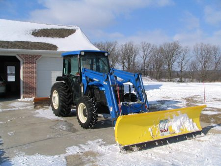 2002 New Holland Snow Wolf plow used from 2002 to 2014. Worked awesome, never a break down. Great product.