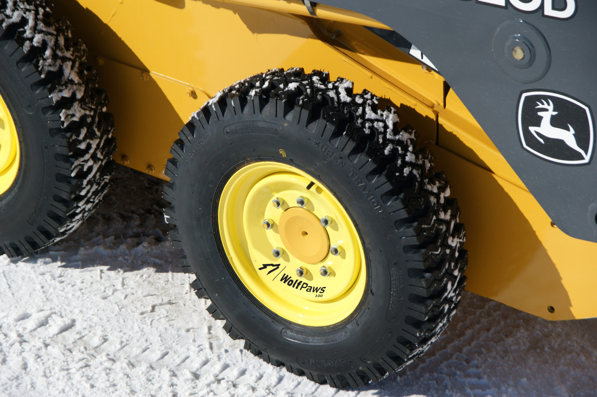 Wheels vs  Tracks – What's Better for Snow Removal? | SnowWolf Plows