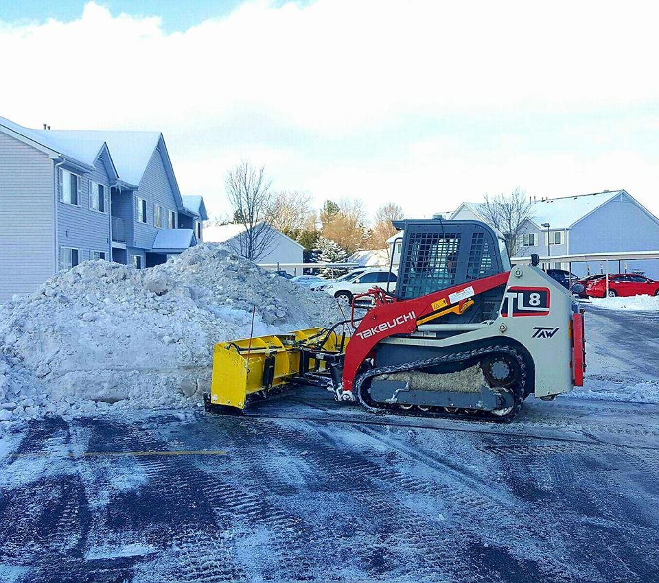 Grand Blanc Apartments: SnowWolf Plows